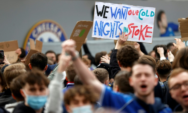 Fans take Super League protests to Stamford Bridge